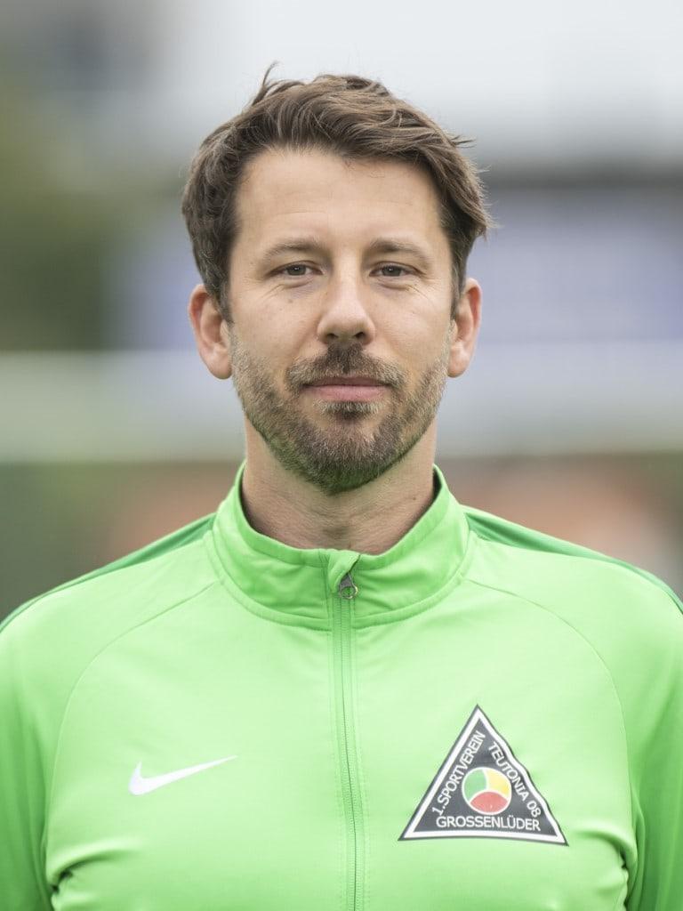 Adrian Giemza